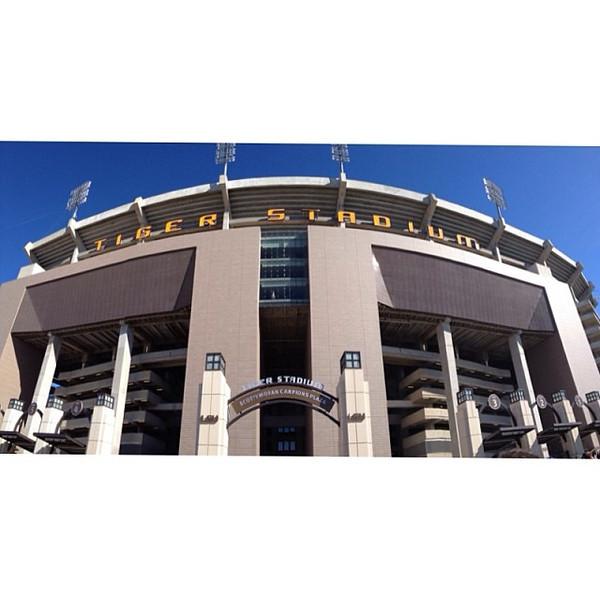 """New stadium facade #latergram via Instagram <a href=""""http://instagram.com/p/hWGUYxx-uZ/"""">http://instagram.com/p/hWGUYxx-uZ/</a>"""