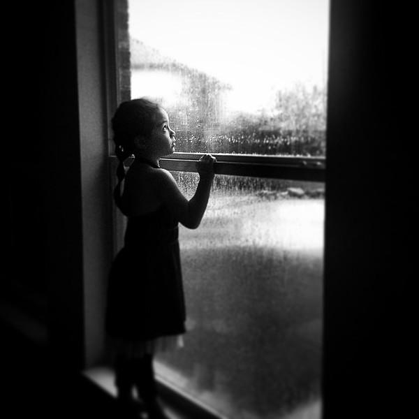 """Watching rain. #latergram via Instagram <a href=""""http://ift.tt/1qcpyVf"""">http://ift.tt/1qcpyVf</a>"""