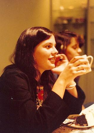 Lisa Gillim, Neda Nahas