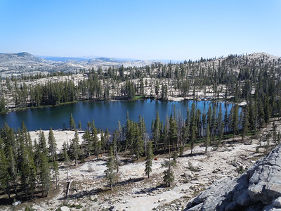 We set up a base camp at Kole Lake, just under 9000 ft.   It will be our home for the next 3 nights.