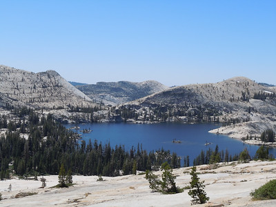 On Day 4 we hike to Big Lake, crystal clear water and set in a massive granite bowl.