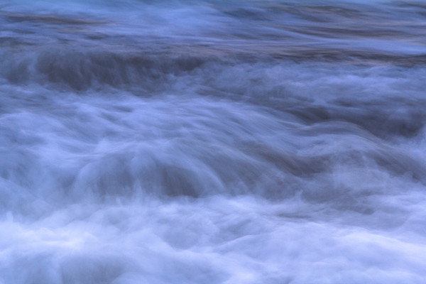 Emotional movement of water
