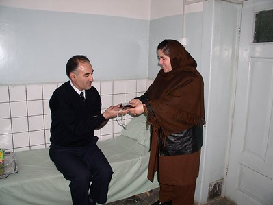 i discussed our low blood issue with Dr. Shkuhmand (from the Ministry of Health) and he agreed to donate blood. This is the beginning of our drive to increase blood donations to 4 /week - men as donors (women are too skinny and anemic). So we have to do a PR campaign. See below. Dr. Nasreen (Hospital Director - extraordinare) accepts the gift of blood.