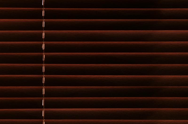 140806 – I fönstret