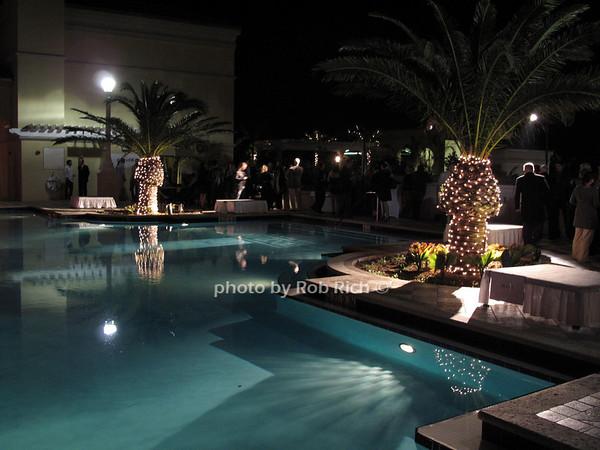 2 City Plaza, West Palm Beach, Florida<br /> photo by Rob Rich © 2009 robwayne1@aol.com 516-676-3939