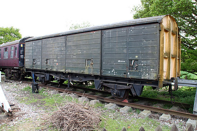 24t VDA WGB4311 / 200870 in the sidings   26/04/14.