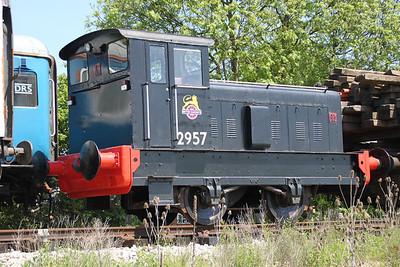 RH 4wDM 2957 (512572) in North Weald sidings   27/05/12.