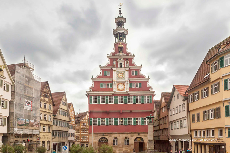 """The Glockenspiel. The building was a former market hall and tax house with bread and meat stalls on the ground floor. It was built in about 1420 as a solely half-timbered building with classical examples of the characteristic half-timbered constructions of the """"Swabian Man"""". From 1586 to 1589 it was renovated by Heinrich Schickhardt on the north side in the style of the Renaissance and a small bell-tower was added (carillon daily at 8am, 12 noon, 3,6 and 7.30pm). Astronomical clock from 1592, movable figures (eagle, the goddesses of Justice and Temperance and figures of the planets) and the carillon (20th C.). The Citizens' Hall (""""Bürgersaal"""") and the Renaissance entrance hall on the second floor are worth seeing.<br /> <br /> In 2002 the restoration work on the Town Hall, which lasted many years, was completed. The beautiful Renaissance façade shines with new splendour and also the carillon - a popular tourist attraction - once more plays regularly."""