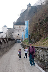 The last bit of the path up to the Salzburg Castle.