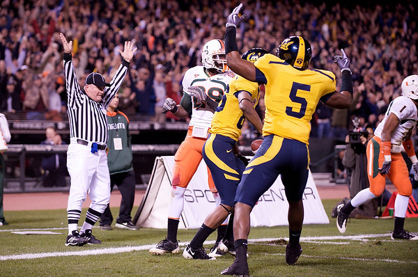 27 December 2008:  California Golden Bears tight end Cameron Morrah (5) celebrates a touchdown catch by wide receiver Verran Tucker (86) during the first half of the 2008 Emerald Bowl between the California Golden Bears and the Miami Hurricanes at AT&T Park in San Francisco, California.