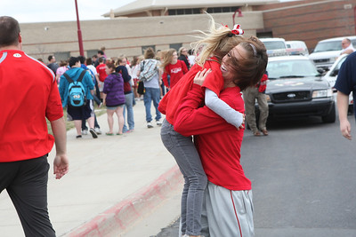 Wellington girls get send off to state