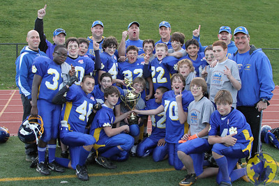 Congratulations to the Brookfield Junior Midgets football team on their dominating win over Seymour to earn the Pop Warner CT State championship! Outstanding game, boys!  Click here to check out some of the action from the game