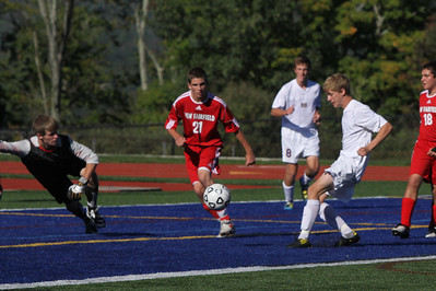 Congratulations to the Brookfield Boys Varsity Soccer team on their big win over New Fairfield on Monday! The Bobcats defeated the Rebels 4-1!   Click here to check out the action from their game!