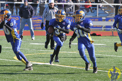 Congratulations to the Brookfield Junior Pee Wee football team on their nail-biting win over New Fairfield to earn the Western CT Pop Warner conference championship! Great team effort, boys!  Click here to check out some of the action from the game!