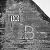 100 B