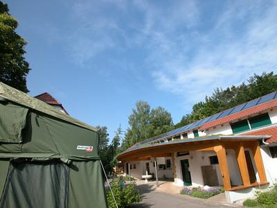 Roof Lodge neben unserem Bogendach