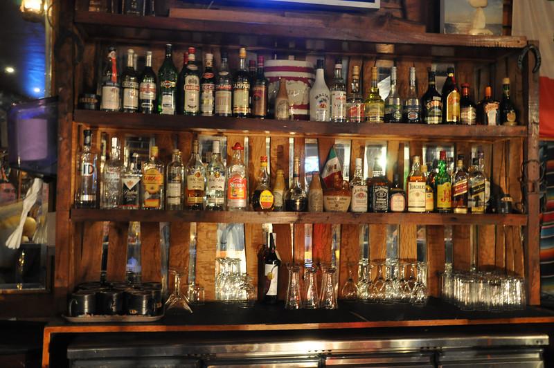 Bar in the Giza hotel