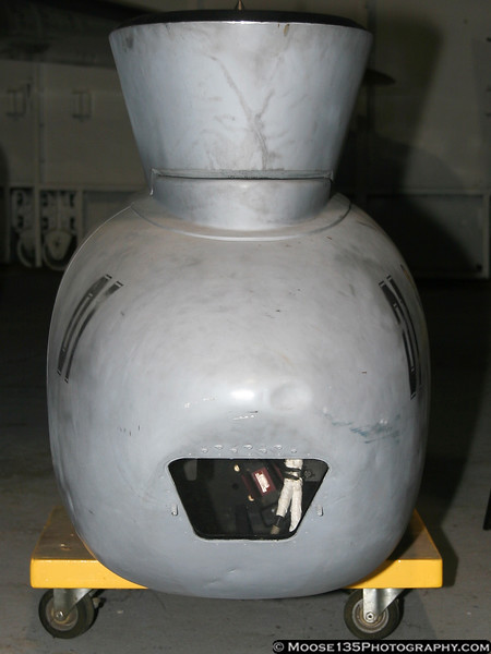 F-14 TARPS Pod - Front