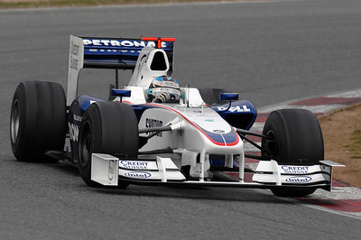 F1 Winter testing 08 09