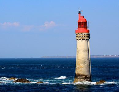 Leaving St. Malo, Lighthouse
