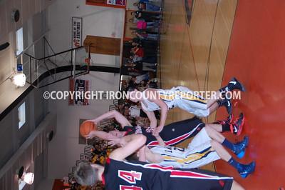 FP boys Basketball at Regionals