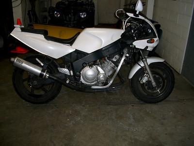 FZ 600, 750