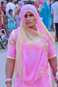 A lady dressed in traditional dress in Jodhpur, India.