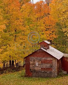Dover,VT - Holland Road - Small Barn