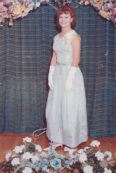 Linda Ellis - Age 16 - April 30, 1966 - Junior/Senior Banquet
