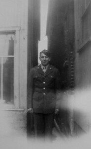 1 12 2014 Dad, returning home after the war, June 1946  PICT9972