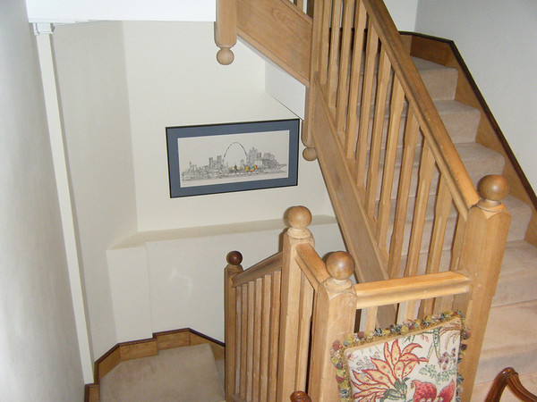 Stairs from the ground floor to the basement.