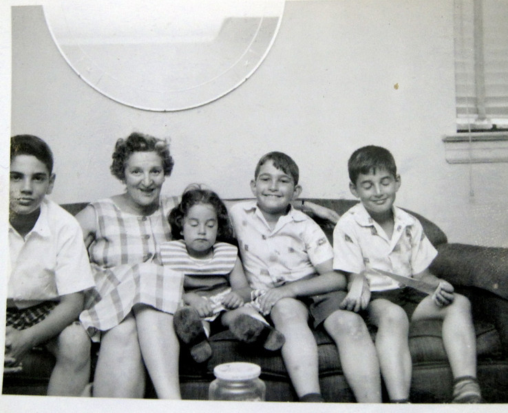 Steve, Melanie, Richard and Norm with Etta Swilling Jacobs (Molly's older sister)