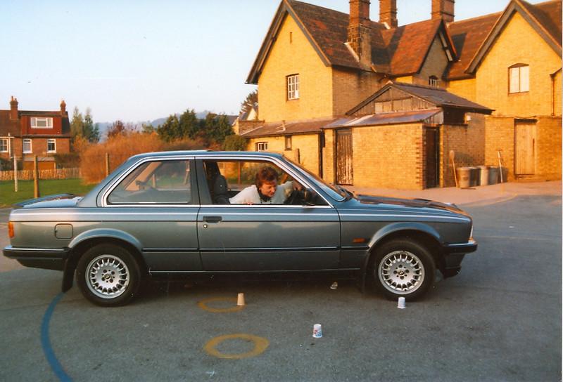 1989 NOV 12TH DRIVING TESTS REIGATE SCHOOL