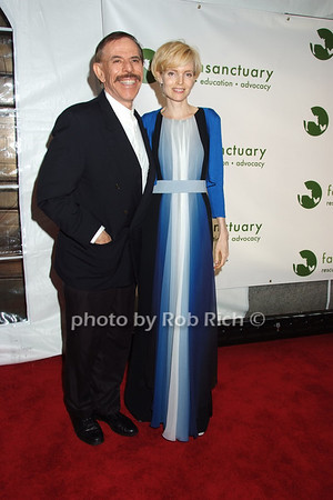 Peter Max, Mary Max photo by Rob Rich © 2008 robwayne1@aol.com 516-676-3939