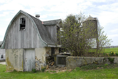Barn lost in time