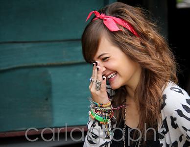Ali Laughing-0532