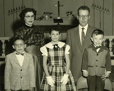 Anderson Family, Opal, Dwayne, Roger, Gail, Tyler.