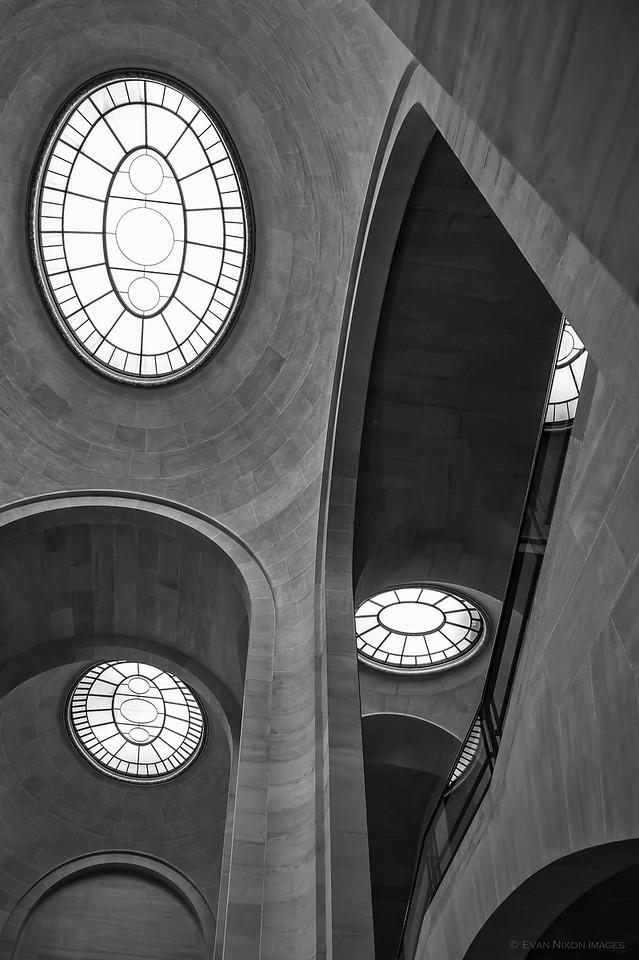 Louvre Light