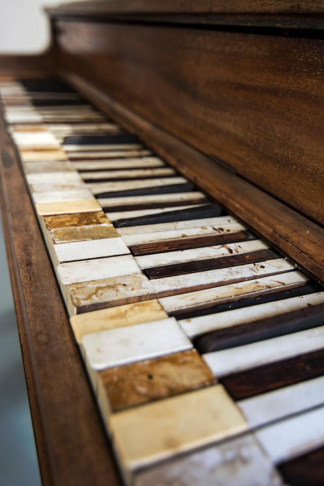 Obsolete Piano