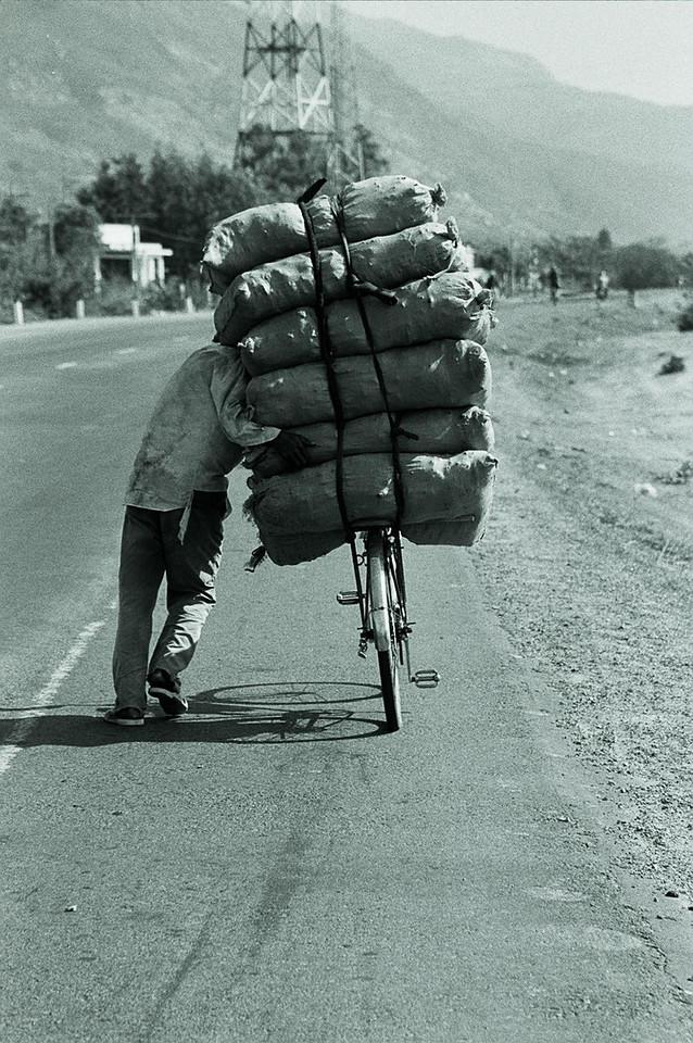 vietnam - heavy load 2