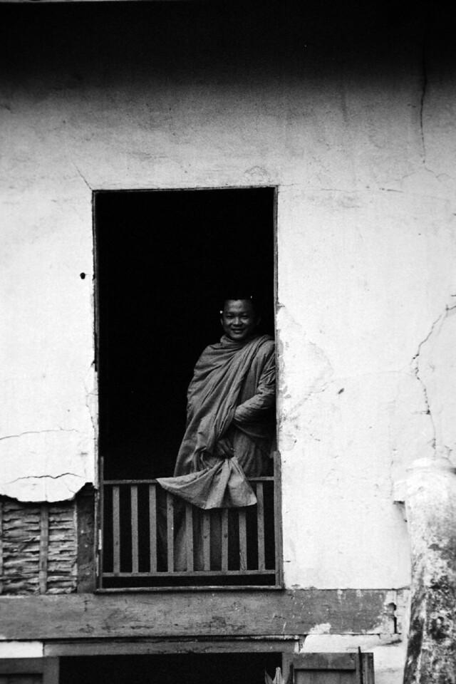 laos -monk 7