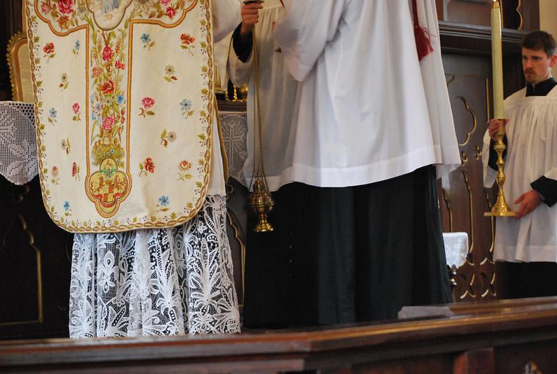 HOLYNAMEFEAST 014