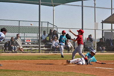 2011 Marlins U11 Baseball - Dawson stealing home