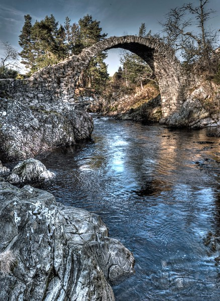 The old bridge at Carrbridge on 6th February 2017
