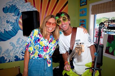 Chuck Caudill www.chuckcaudill.com performing at Feeling Swell www.feelingswellsurfbar.com on Anna Maria Island. Photos by Dara Caudill www.islandphotography.org