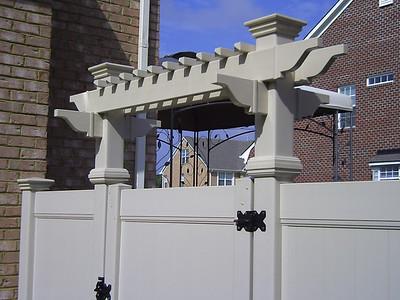 gate pergola
