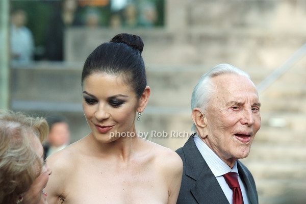 Catherine Zeta Jones, Kirk Douglas<br /> photo by Rob Rich © 2010 robwayne1@aol.com 516-676-3939