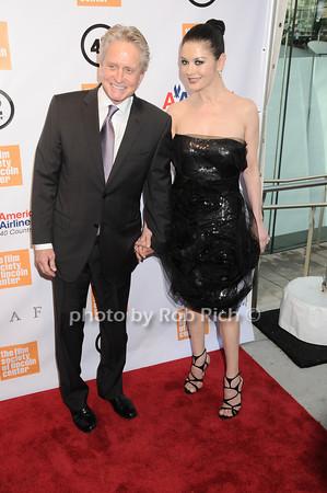 Michael Douglas, Catherine Zeta Jones<br /> photo by Rob Rich © 2010 robwayne1@aol.com 516-676-3939