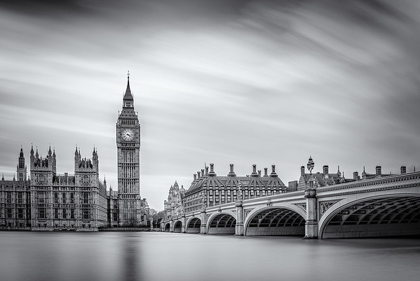 Big Ben on the River Thames (12x18)