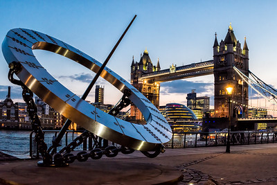 Compass at Tower Bridge (12x18)
